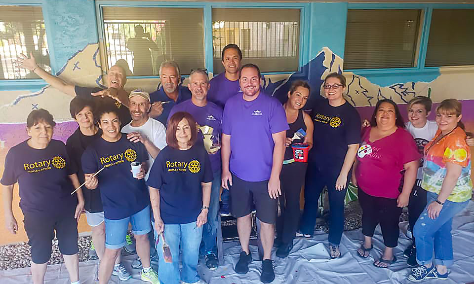 Councilmembers Judd, Duffy and Sanders with volunteers at the Surprise Day of Service.