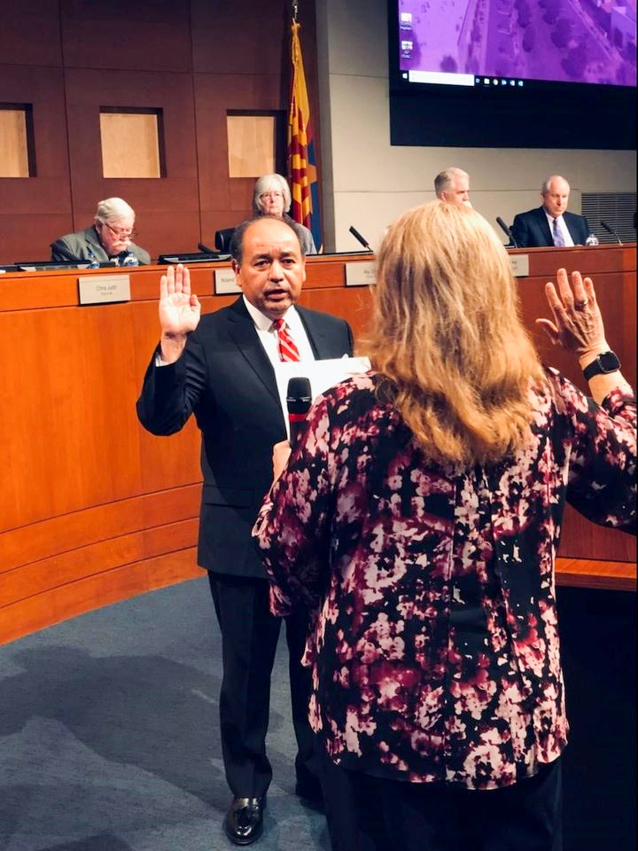 Presiding Judge Louis Frank Dominguez takes the oath of office.